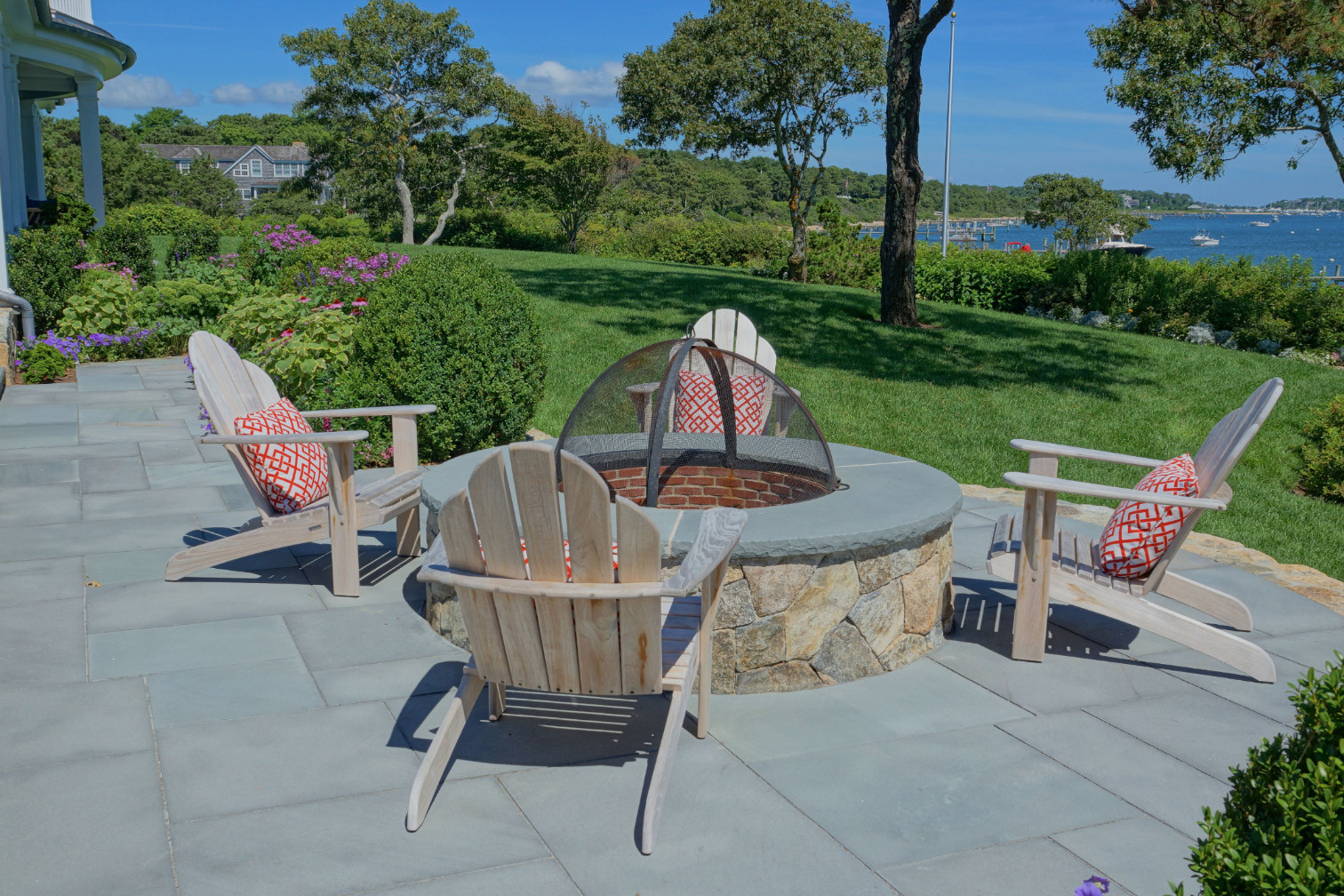 custom-hardscape-outdoor-projects-marthas-vineyard